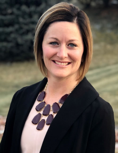 Photo of Lynn Cowman, Operations Manager for the Dakotas business center