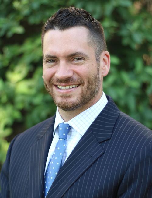 Photo of Matt Buetow - Managing Director for the Kansas City Business Center