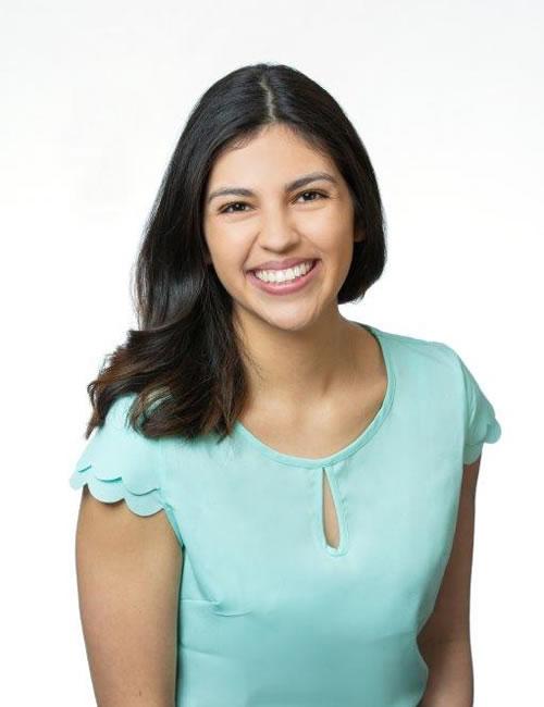 Photo of Rebeca Alvarado Gurrusquieta, New Business Consultant