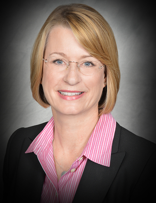 Photo of Shari Kearns, Operations Manager for the Kansas City Business Center.
