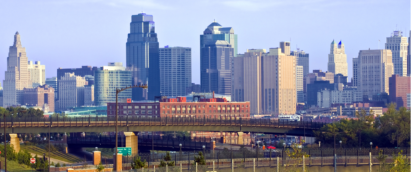 Photo of Kansas City where the Kansas City Business Center is located.