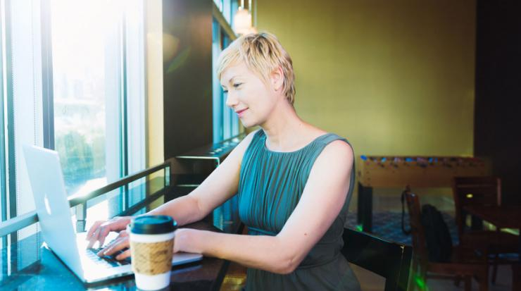 Woman creating a plan to make sure her retirement savings last